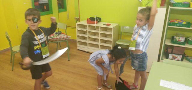 A continuación, os enseñaremos algunas de las actividades que hemos hecho en este primer trimestre las clases de 5 años. Esperemos que os guste.