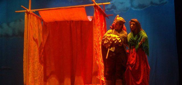 En enero los alumnos y alumnas de 4º de primaria fueron al teatro Gayarre para ver el Retablo de la Maravillas. Al llegar les dijeron que no iban ver el […]